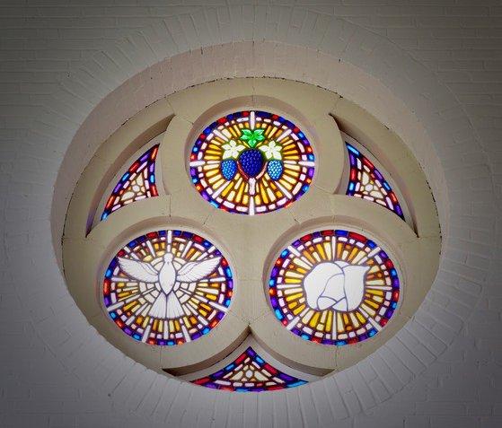 Glas in lood raam Vredebergkerk